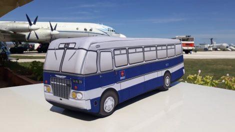 BKV Ikarus 620 plüss párna