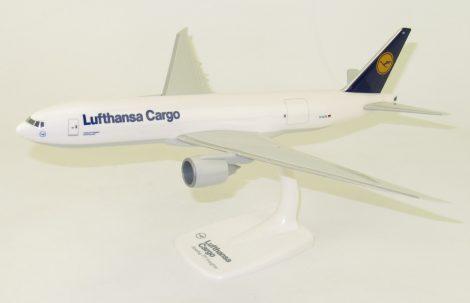 Boeing 777-200F Lufthansa Cargo D-ALFA 1:200