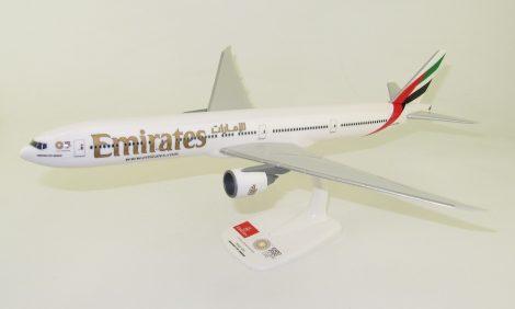 """Emirates B777-300ER A6-ENU """"Expo Dubai 2020"""" kis logós változat 1:200 PPC"""