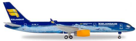 Icelandair Boeing 757-200 1:500 Herpa