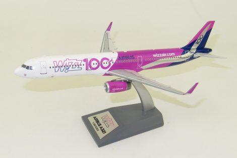 """WizzAir A321 HA-LTD """"100th"""" 1:200 Inflight200"""