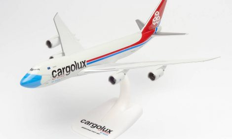 Boeing 747-8F Cargolux Not without my mask 1:250