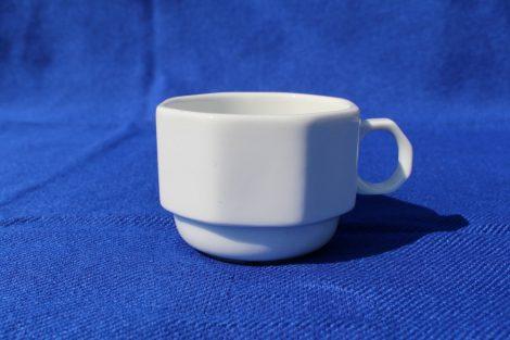 Eredeti Malév porcelán bögre, szögletes, 1dl