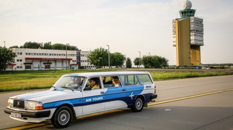 VIP reptérlátogatás Volvo 245 Transferrel ajándékutalvány