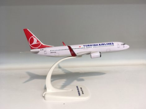Turkish B737-800 TC-JGM 1:200 PPC