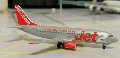 Jet2 B737-300 G-CELS 1:400 Panda Model (kifutó termék)