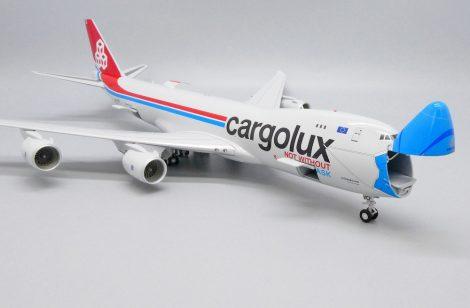 Cargolux Boeing 747 Mask livery nyitható orral (1:200)