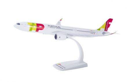 TAP A330neo CS-TUC 1:200 Herpa