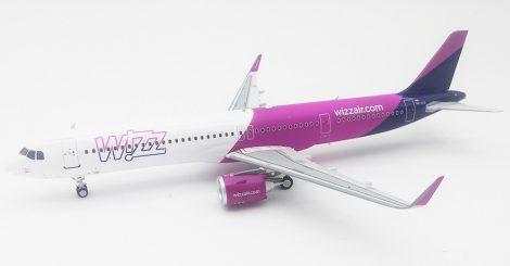 WizzAir Airbus A321neo HA-LVE 1:200 Inflight200 (fém)